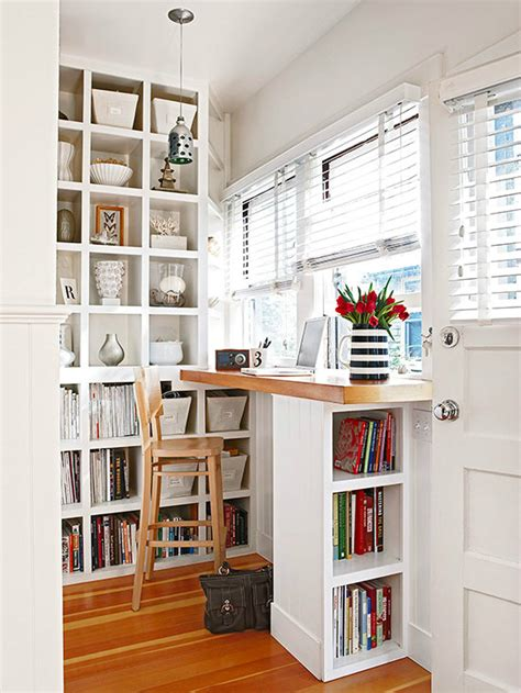 Tips For Living In Small Spaces Decoholic Work Desks For Small Spaces