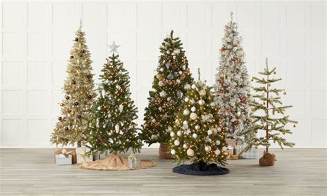 decorate your christmas tree like a professional how to decorate your tree like a professional psoriasisguru