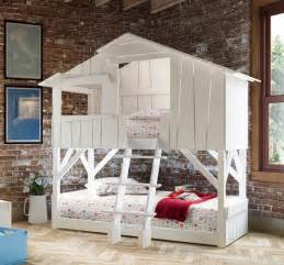 Bunk Bed Tree House Tree House Bunk Beds For Homesfeed