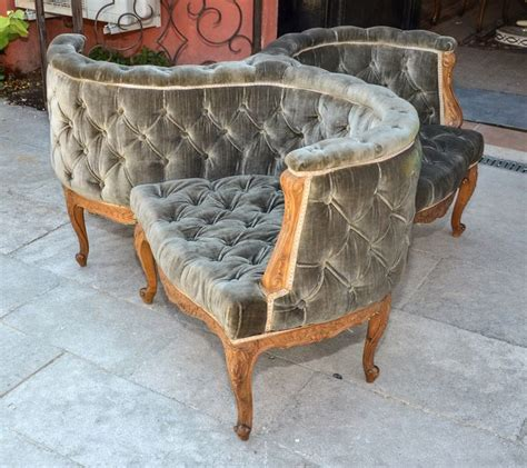 courting bench 1000 images about tete a tete courting sofas on pinterest