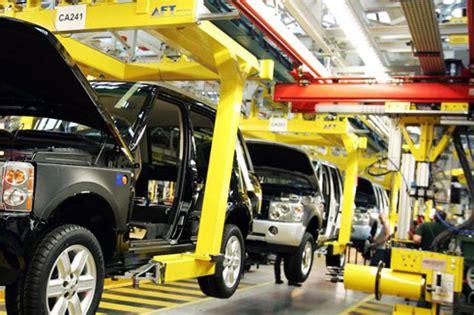 land rover seeks added manpower autocar india