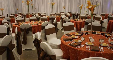 Orange and Brown Centerpiece Idea   Linen Rental   Table