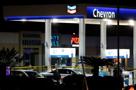 officer killed in ambush at nw harris gas station