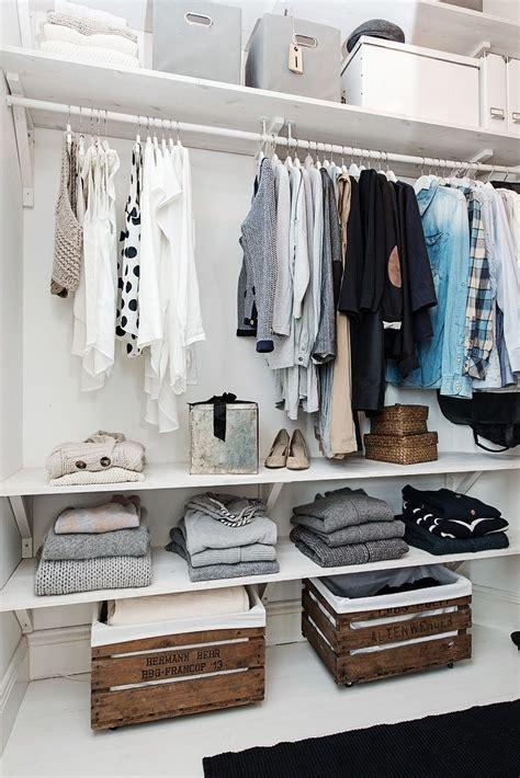 kleiderschrank deco 39 wood crate storage ideas that will you organized
