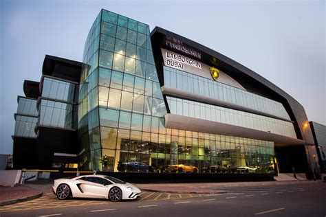 lamborghini showroom s largest lamborghini showroom opens in dubai