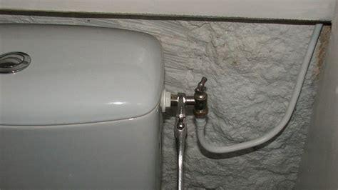 changer un robinet de wc et rendre installation
