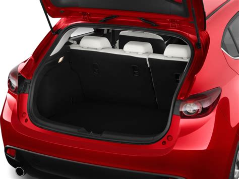 mazda 3 hatchback trunk space image 2016 mazda mazda3 5dr hb auto i grand touring trunk