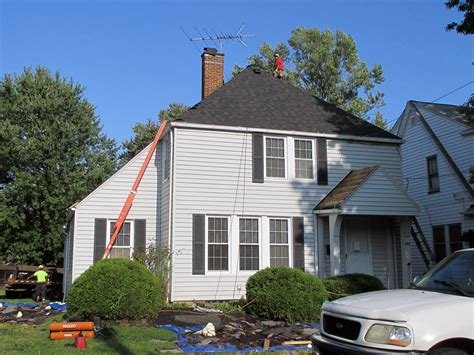 buying a house with a bad roof buying a house with a bad roof 28 images 25 best ideas about vinyl siding colors