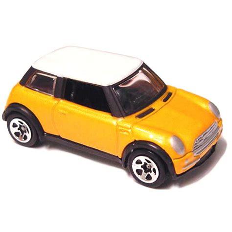 Wheels 2002 Editions 2001 Mini Cooper 2002 wheels editions 2001 mini cooper escala 1 64 series 28 of 42 52921 arte em