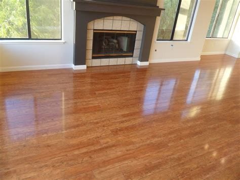 Best Way To Clean Hardwood Floors Vinegar Best Way To Clean Laminate Wood Floors Wood Floors