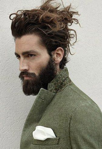 11 manly man bun & top knot hairstyle combinations