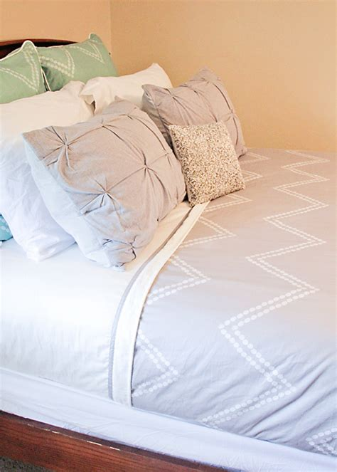 the bed you made for me how to make a beautiful bed busy mommy