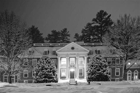Tuck Dartmouth Mba Phs by Tuck School Of Business At Dartmouth On A Snowy