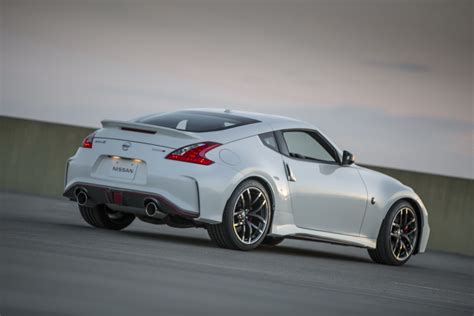 nissan z 2016 nissan 370z coupe and 370z nismo get fake engine