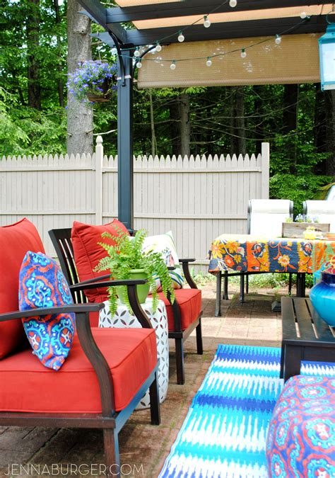 outdoor living spaces on a budget creating an outdoor living space jenna burger