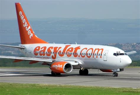 low cost flights blog 187 london the city of a thousand colours 5 things you should know about budget airlines in europe