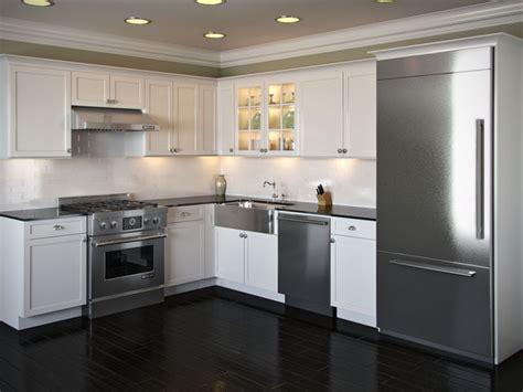 beautiful  modern  shaped kitchen layouts housely