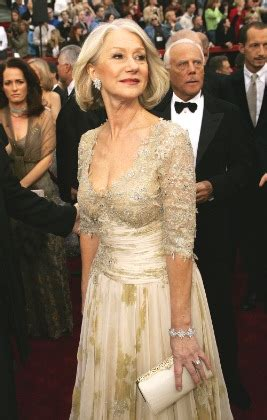 Marks Cleopatra Clutch For 250k Helen Mirren It by Marks高调落户北京 新浪时尚 新浪网