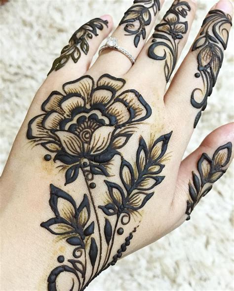 henna tattoos nz side view flower hennah hennas