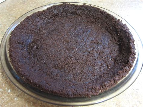 Rte Chococrust Oreo chocolate cookie pie crust to be in the kitchen
