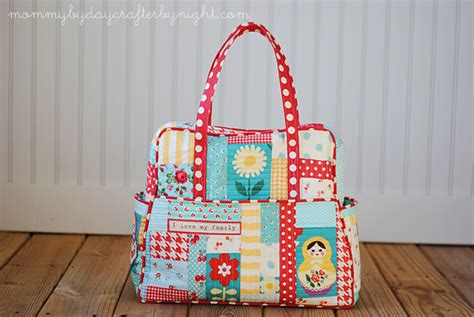 Patchwork Bags Free Patterns - by day crafter by my quilted weekender bag