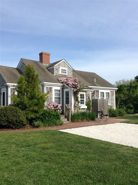 covered nantucket cottage w pool vrbo