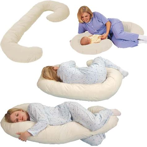 When Do You Need A Pregnancy Pillow by Pregnancy Pillow Must Maternal Accessory Shopping