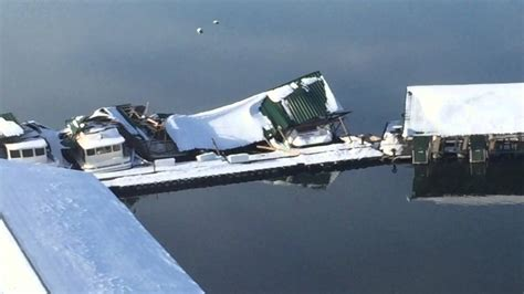 2016 lake cumberland grider hill boat dock snow damage - Lake Cumberland Boat Docks