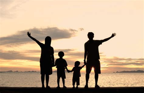 happy family image gallery happy family silhouette