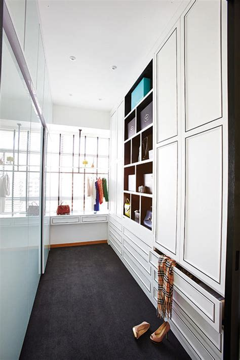 Walk In Wardrobe Hdb by How To Design The Walk In Wardrobe Home Decor