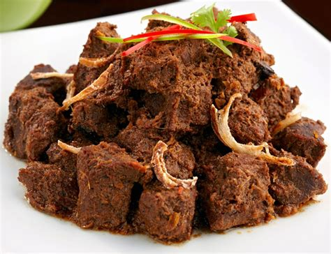 Heat Eat Daging Rendang spicy rendang beef rendang daging aroma asian