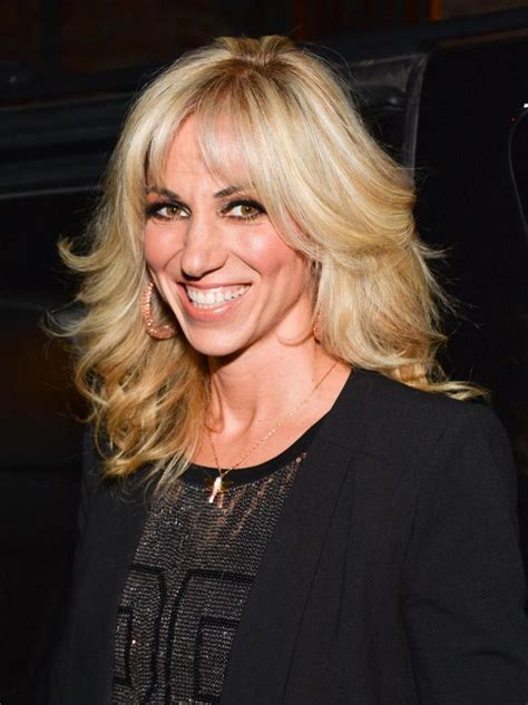 Singer Debbie Gibson Opens Up Debbie Gibson Reveals She Has Lyme Disease Ny Daily News