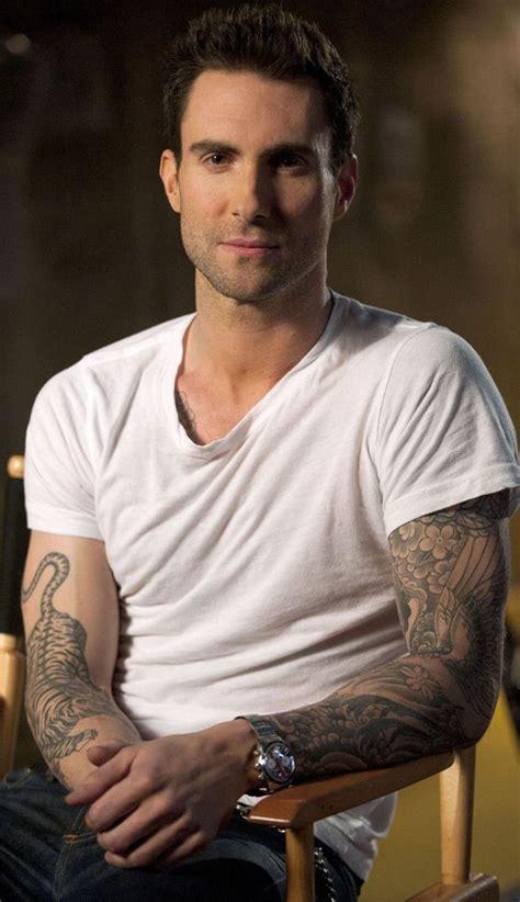 maroon 5 singer lead singer adam levine adam levine pinterest