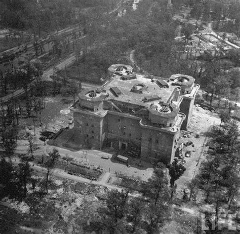 world war ii battles zoo old photos of berlin after world war ii vintage everyday