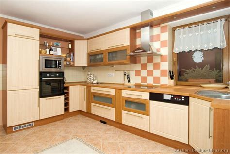 Kitchen Corner Design Pictures Of Kitchens Modern Two Tone Kitchen Cabinets Page 2