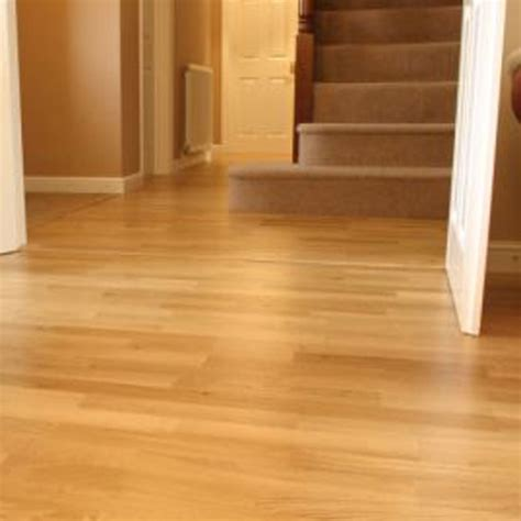 floor in laminate flooring