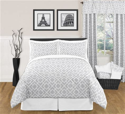 gray and white bedding jojo designs grey and white diamond bedding set contemporary bedding by