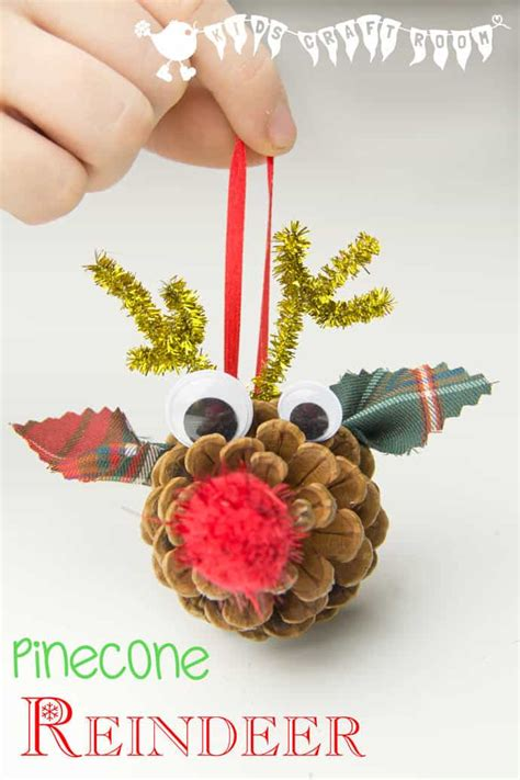 stylish christmas crafts pinecone reindeer ornaments craft room