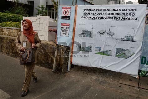 desain masjid spanduk ahok harap masjid balai kota bisa cegah korupsi