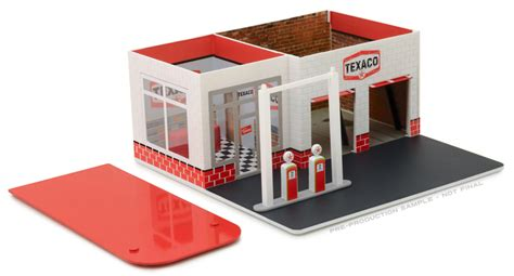 greenlight diecast texaco vintage gas station diorama mechanics