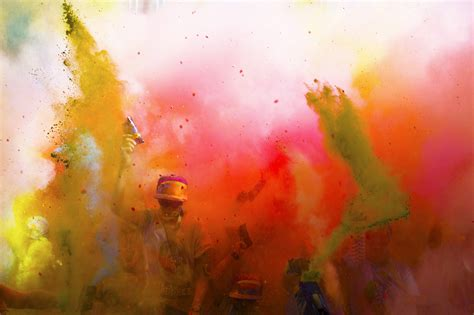 color run at the color run at citifield and a giveaway weekend jaunts