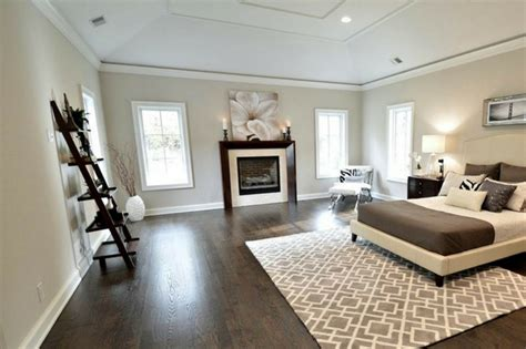 dark wood floors with light gray walls and white trim decorating rooms with dark floors and gray walls on wood