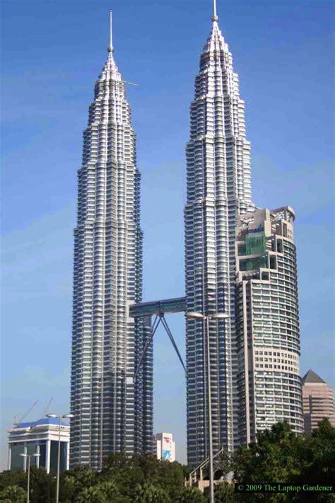 bid malaysia world visits petronas tower skyscrapers malaysia
