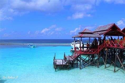 Paket Kltserum Kalimantan paket tour maratua paradise via tarakan 4 hari 3 malam tour kalimantan timur