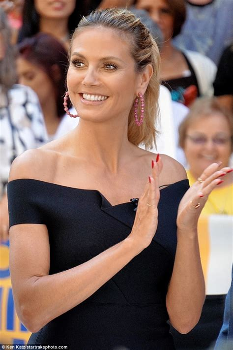 Heidi Klum Is A Handsome Fellow by Heidi Klum Steps Out For An Evening In Soho Daily Mail