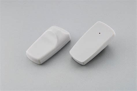 reusable magnetic electronic checkpoint security tag from