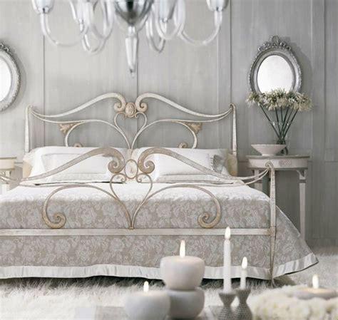 romantisches hauptschlafzimmer camas de hierro con estilo 02 para familias colombo