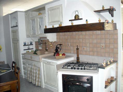 Cucine In Muratura Bianche by Foto Cucina Muratura Di Perlegno Arredamenti