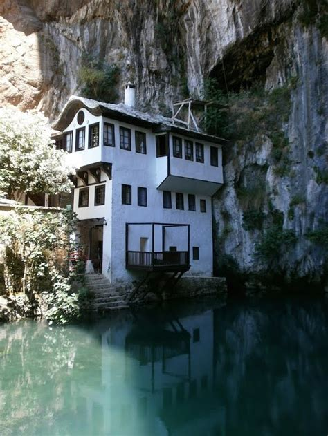 best lake houses 10 best lake houses camille styles