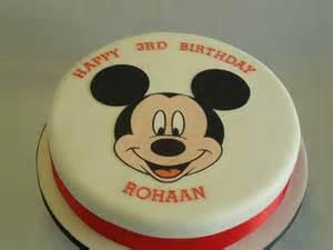 mickey mouse kuchen large mickey mouse cake celebration cakes cakeology